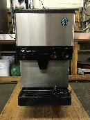 Hoshizaki DCM-270BAH Ice and water ice maker