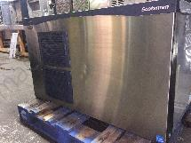 Scotsman 1553 lbs C1448MA Ice machine